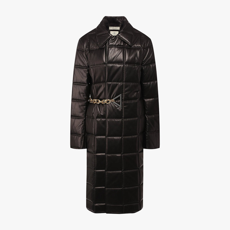 Bottega Veneta, 551 500 рублей
