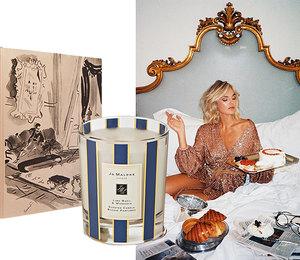 Мандариновые свечи и мягкие подушки: что подарить на Новый год заядлым домоседам