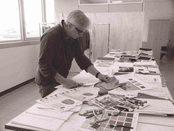 Cооснователь Diego M Диего Мации на мануфактуре марки