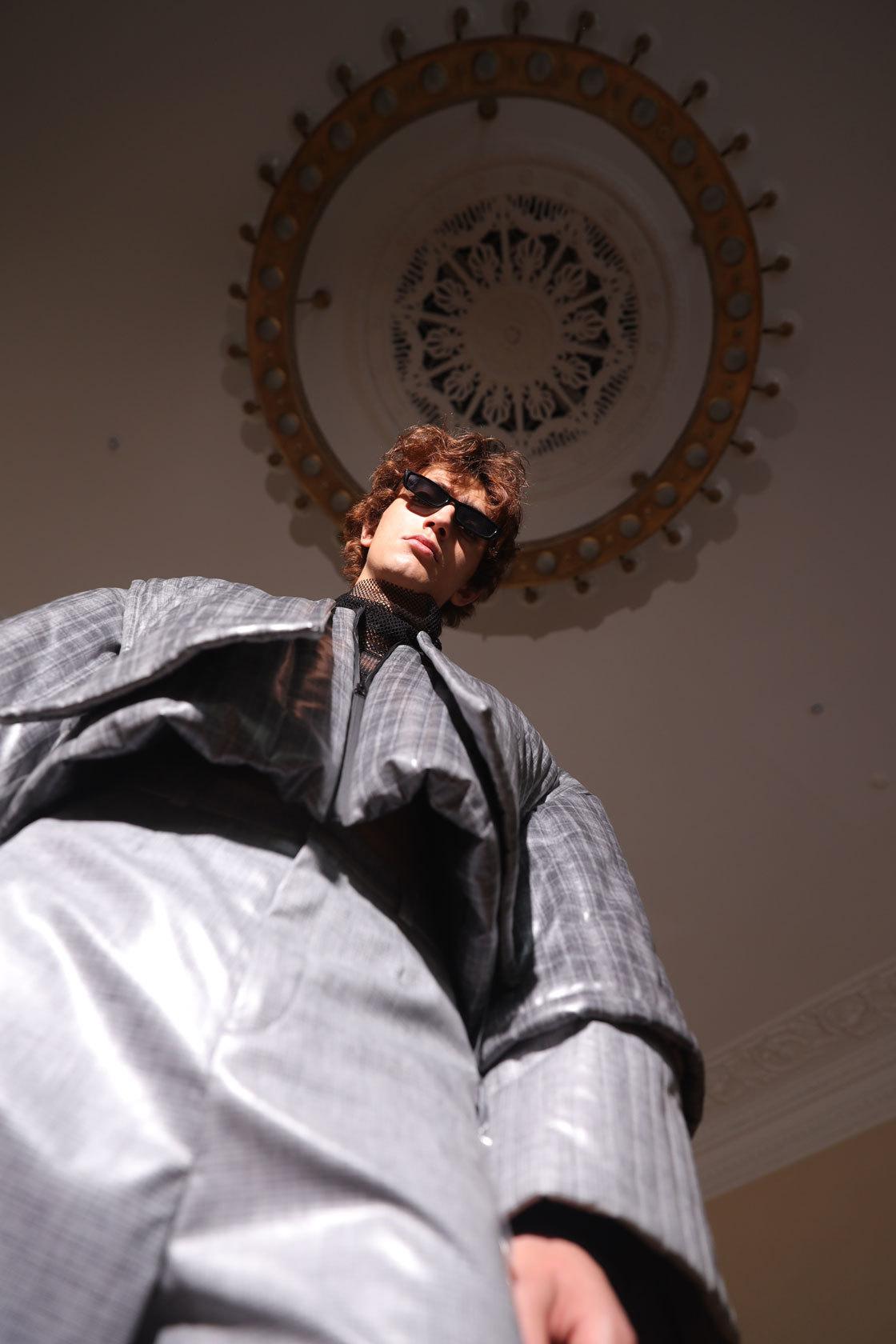 Куртка ибрюки – все Polina Lukianchenko; водолазка Artem Krivda