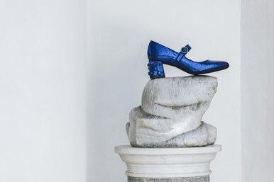 Цвет настроения — синий: 5 пар туфель иботильонов изновогодней капсулы Geox