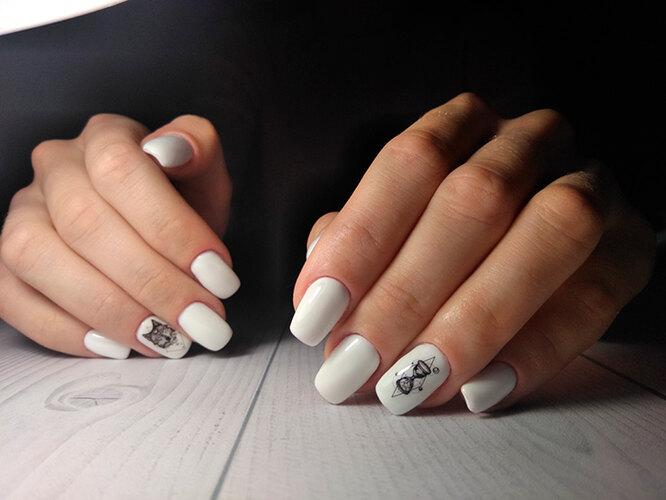 """Будто """"татуированные"""" ногти - один из самых стильных дизайнов лета 2020"""