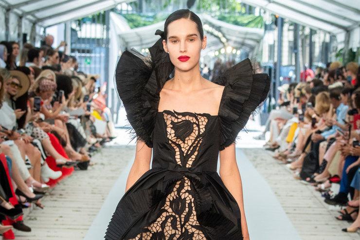 Неделя высокой моды вПариже: время великих женщин напоказе Yanina Couture