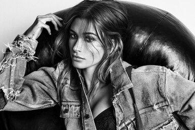 Хейли Бибер разделась добелья ради съемок врекламе Saint Laurent