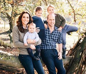Кенсингтонский дворец опубликовал новые фотографии членов королевской семьи