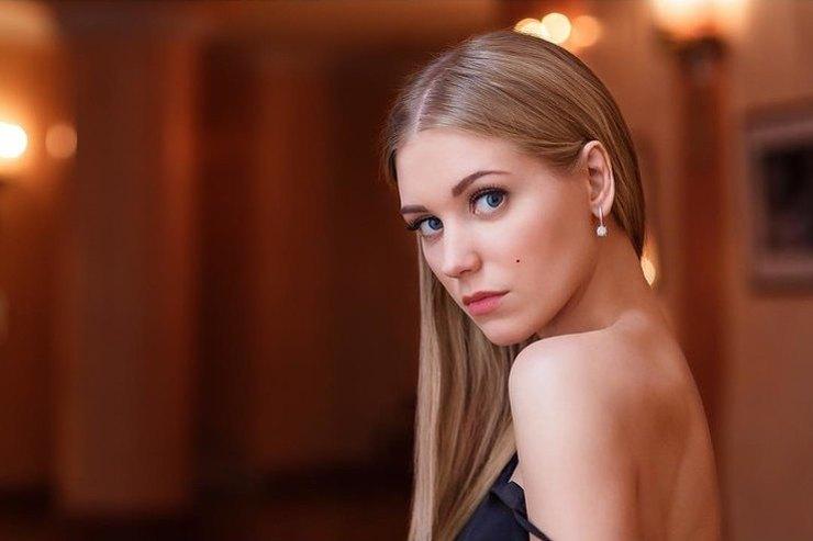Кристина Асмус призналась, что манипулирует мужем