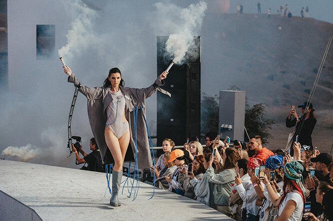 Модный показ молодых дизайнеров