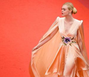 Эль Фаннинг в струящемся платье стала звездой открытия Каннского кинофестиваля