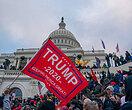 Сторонники Дональда Трампа устроили митинги повсей стране ипопытались захватить Капитолий — есть погибшие