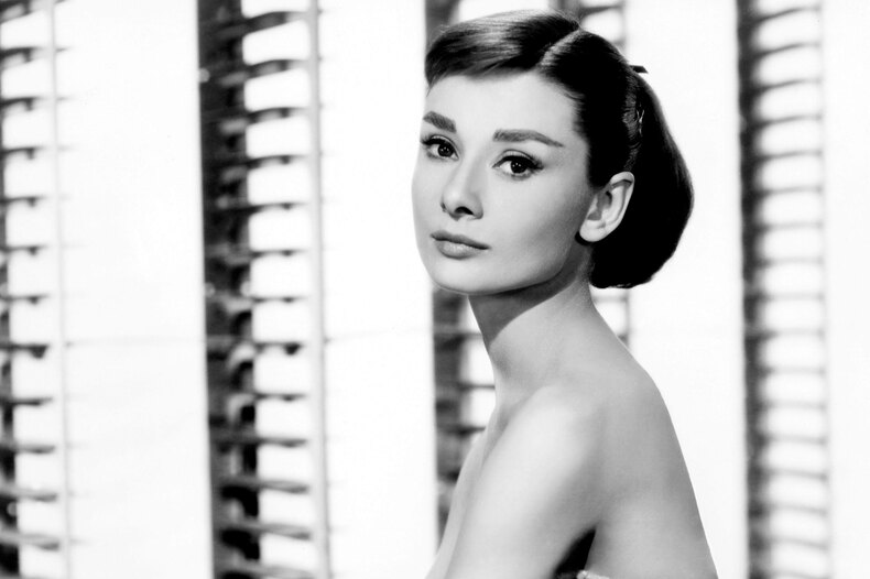10 секретов неподражаемой Одри Хепберн: каких правил придерживалась икона стиля XX века