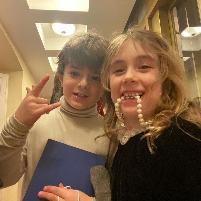 Лидия с двоюродным братом - сыном Надежды Михалковой