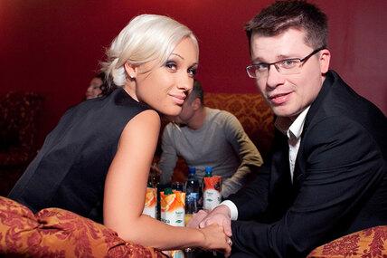 Как сейчас выглядят ичем занимаются первые жены Харламова, Баскова, Плющенко идругих звезд