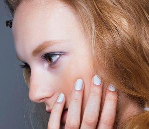 Актуальные оттенки лаков для ногтей