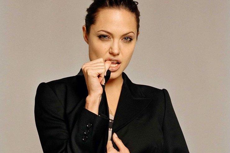 Анджелина Джоли, Тильда Суинтон идругие: учимся узвезд, как носить смокинг