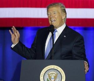 На троечку: Дональд Трамп оценил Ким Кардашьян, Анджелину Джоли и Холли Берри