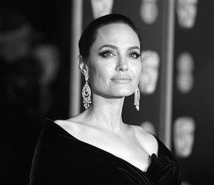 Довели! У Анджелины Джоли нервный срыв