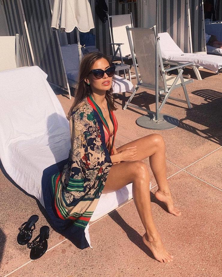 instagram.com/victoriabonya/