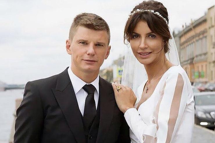 Супруга Андрея Аршавина рассказала обизменах футболиста