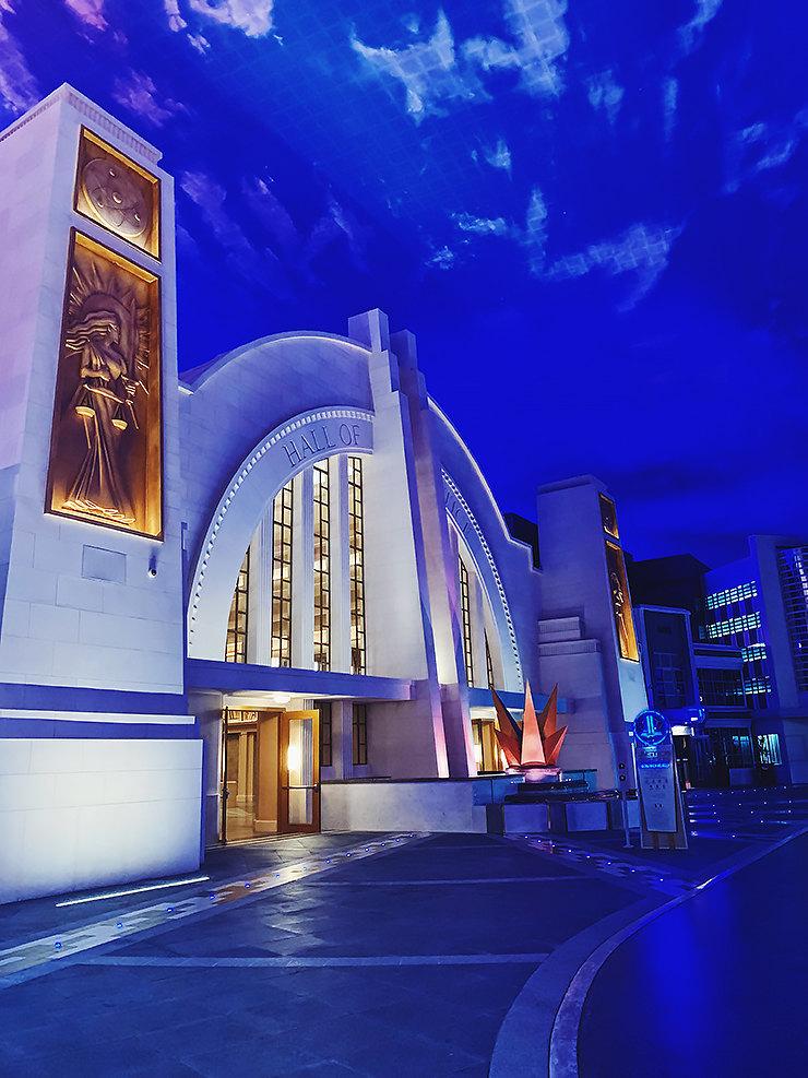 Интерьер парка Warner Bros. World Abu Dhabi
