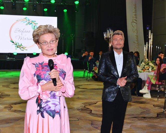 Елена Малышева и Николай Басков на свадьбе Марины Федункив