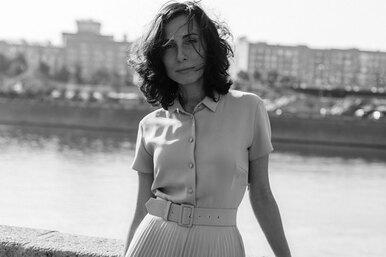 «Мы ждем, чтобы нас кто-то там принял такими, какие мы есть»: как нам перестать травить самих себя, рассуждает блогер Наталия Годжаева