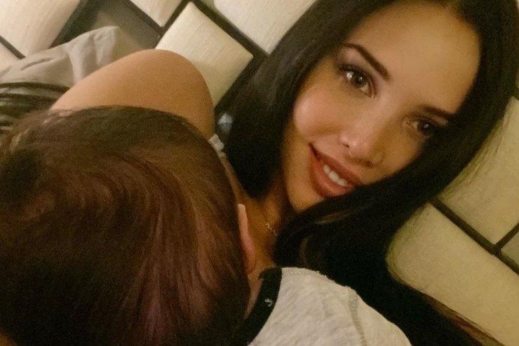 «Невозможно оторваться отнего»: Анастасия Решетова неможет выйти издома из-за сына