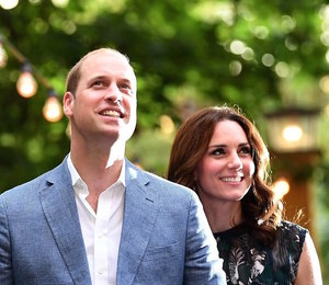 Новое семейное фото Кейт Миддлтон и принца Уильям в преддверии Нового года