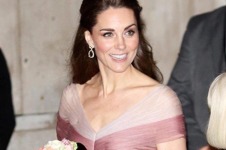 Кейт Миддлтон врозовом платье впол посетила гала-ужин вЛондоне