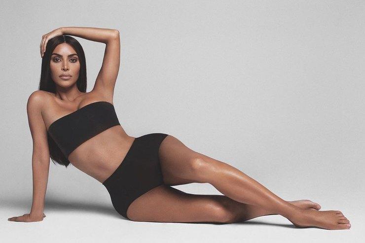 Ким Кардашьян раскритиковали из-за корректирующего белья