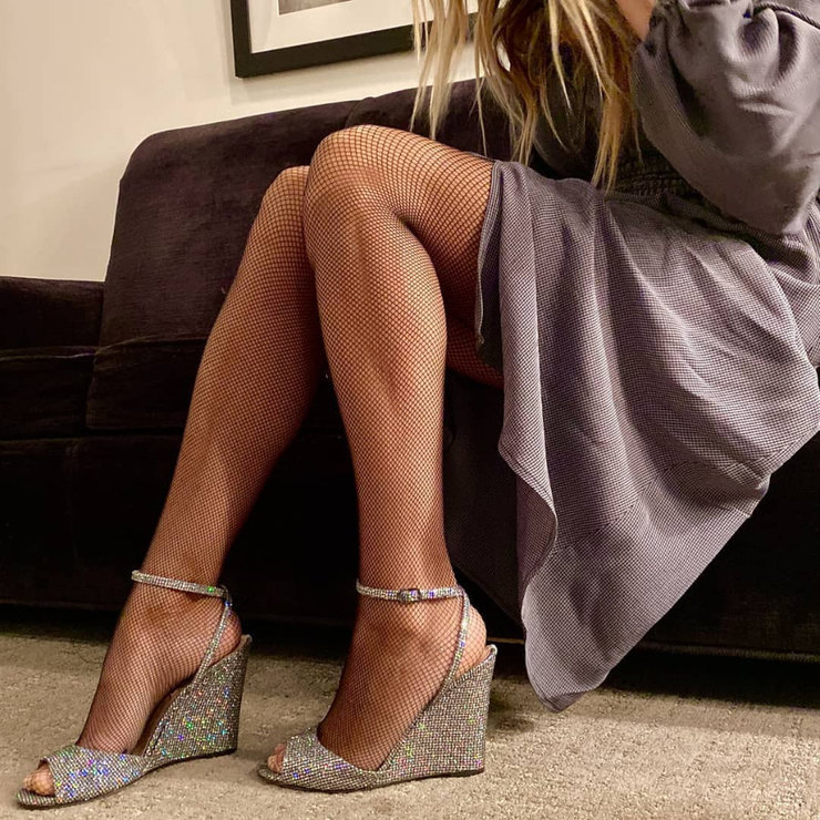 Сара Джессика Паркер хвастается длинными ногами