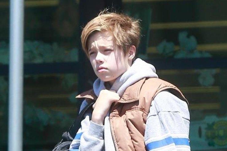 13-летняя дочь Анджелины Джоли водиночестве гуляла поЛос-Анджелесу