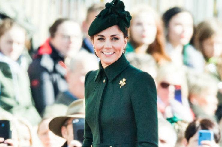 Кейт Миддлтон встретила День Святого Патрика взеленом total look
