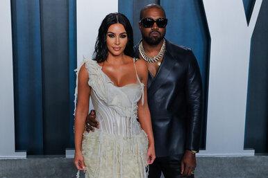 20 млн наличными: Ким Кардашьян согласилась купить долю Канье Уэста вих общем доме