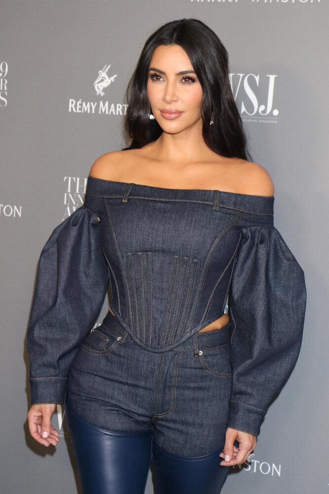Ким Кардашьян на премии журнала WSJ Innovator Awards