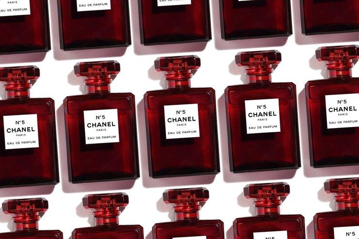 Классика нев тренде: Chanel изменили флакон духов впервые заисторию бренда