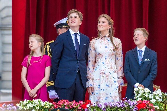 Принцесса  Елизавета с батьями и сестрой