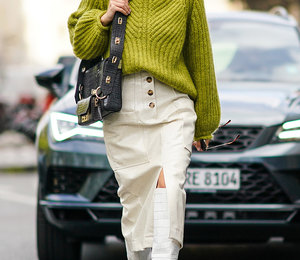 Не бойтесь замерзнуть: 15 модных юбок, которые можно (и нужно) носить зимой