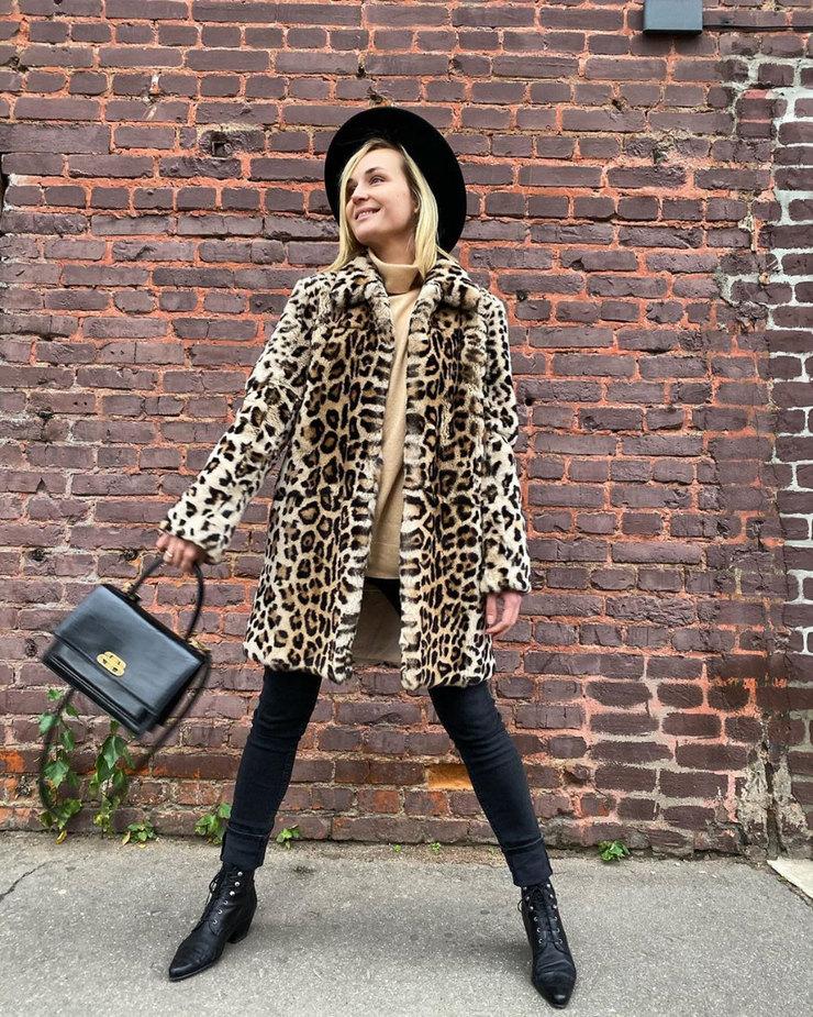 Полина Гагарина обожает леопардовые принты