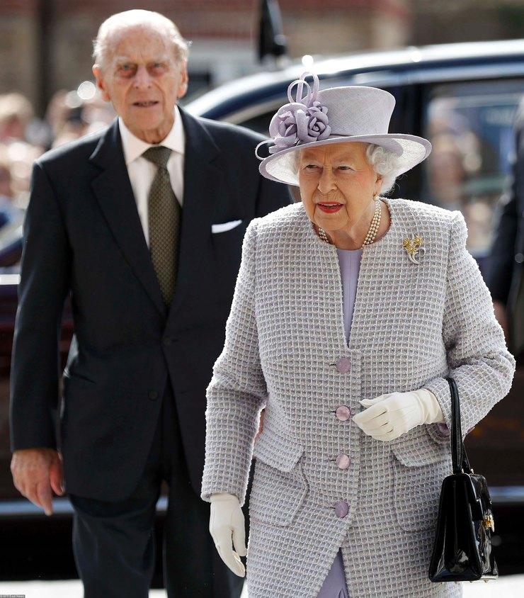 Королева Елизавета II ипринц Филипп