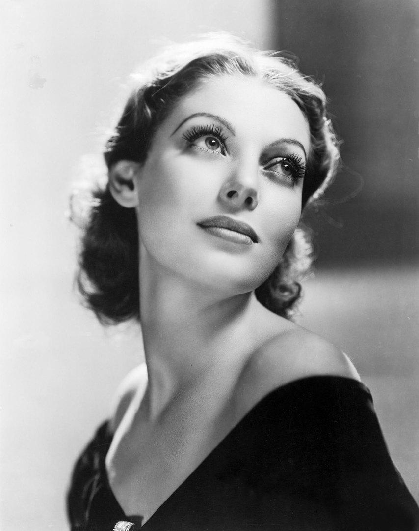Лоретта Янг, 1933