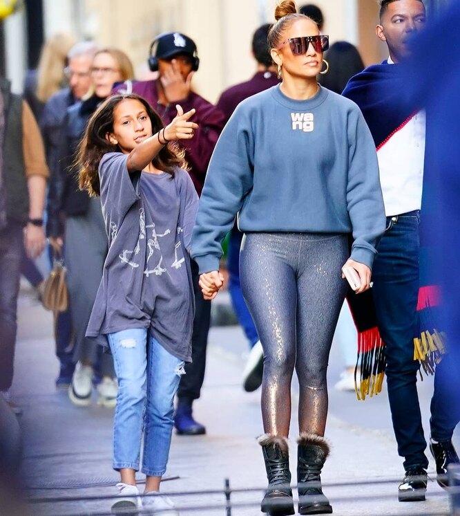 Джей Ло с дочерью
