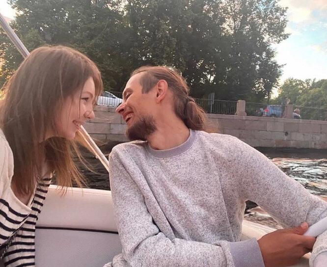 Серафима Шнурова с мужем