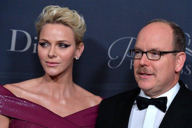 Фамильное сходство: княгиня Монако вобразе вдохновленном стилем Грейс Келли
