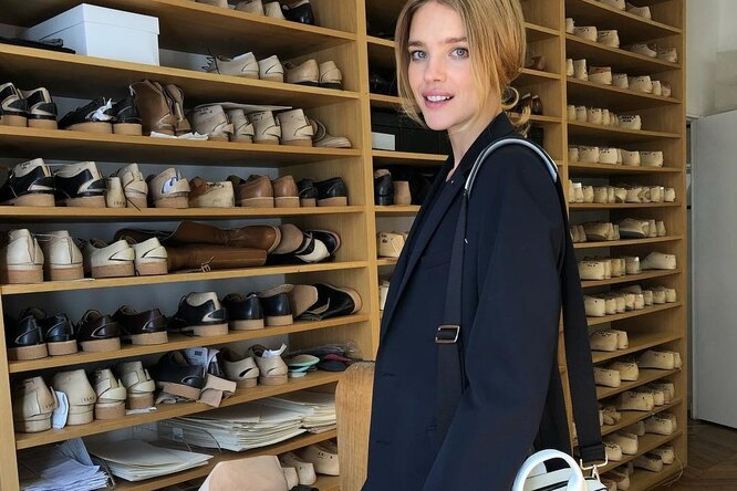 Парижский стиль: Наталья Водянова носит костюмы каждый день ивам советует