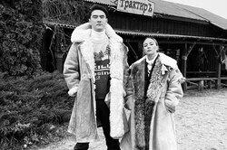 Нешуточная любовь: как выглядят жены Алексея Щербакова, Нурлана Сабурова идругих популярных комиков