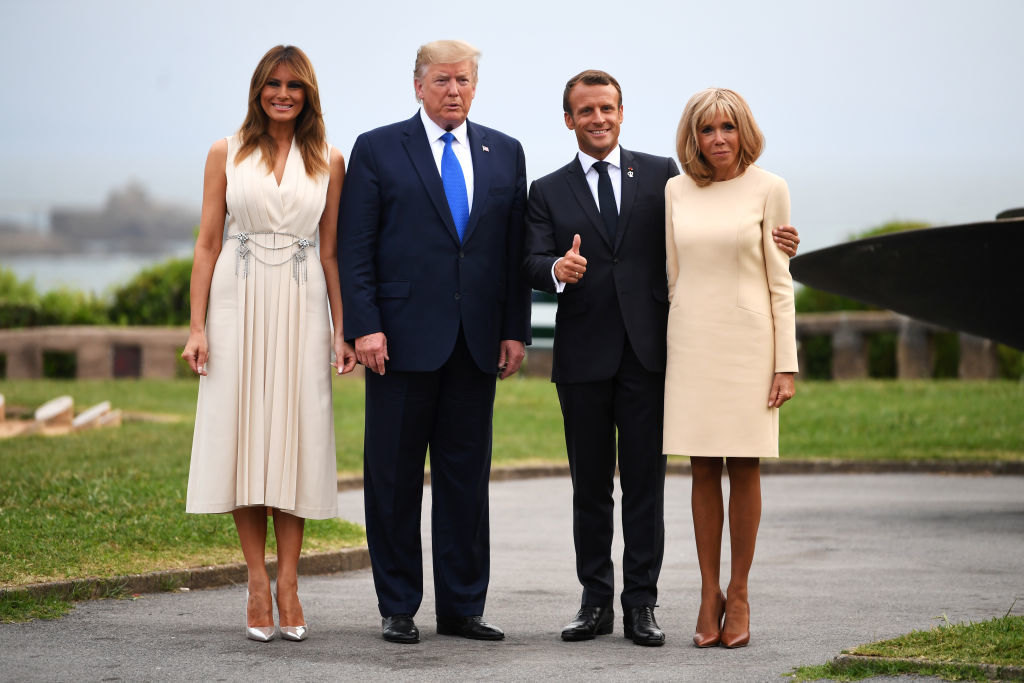 Президенты Америки иФранции со своими женами