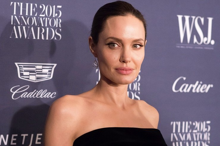 С актерством покончено? Анджелина Джоли уходит изкино