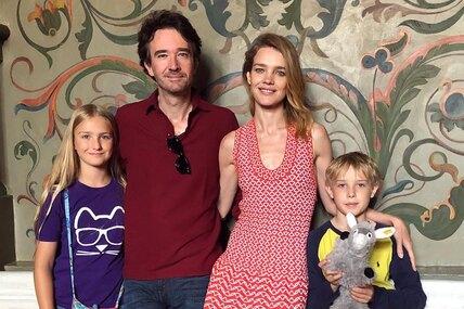 Жизнь после развода: 5 звезд, которые вышли замуж сдвумя иболее детьми