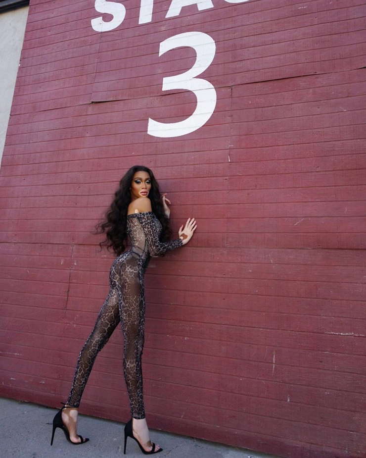 instagram.com/winnieharlow/