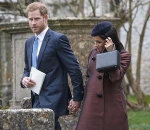 Меган Маркл в шоколадном пальто побывала с принцем Гарри на крестинах